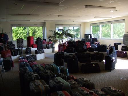 magasin d 39 usine savebag maison du bagage. Black Bedroom Furniture Sets. Home Design Ideas